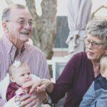 Het gemak van een seniorenbed